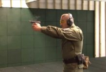 Pistolet P-64