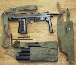 Polski pistolet maszynowy PM Rak wzór 63.